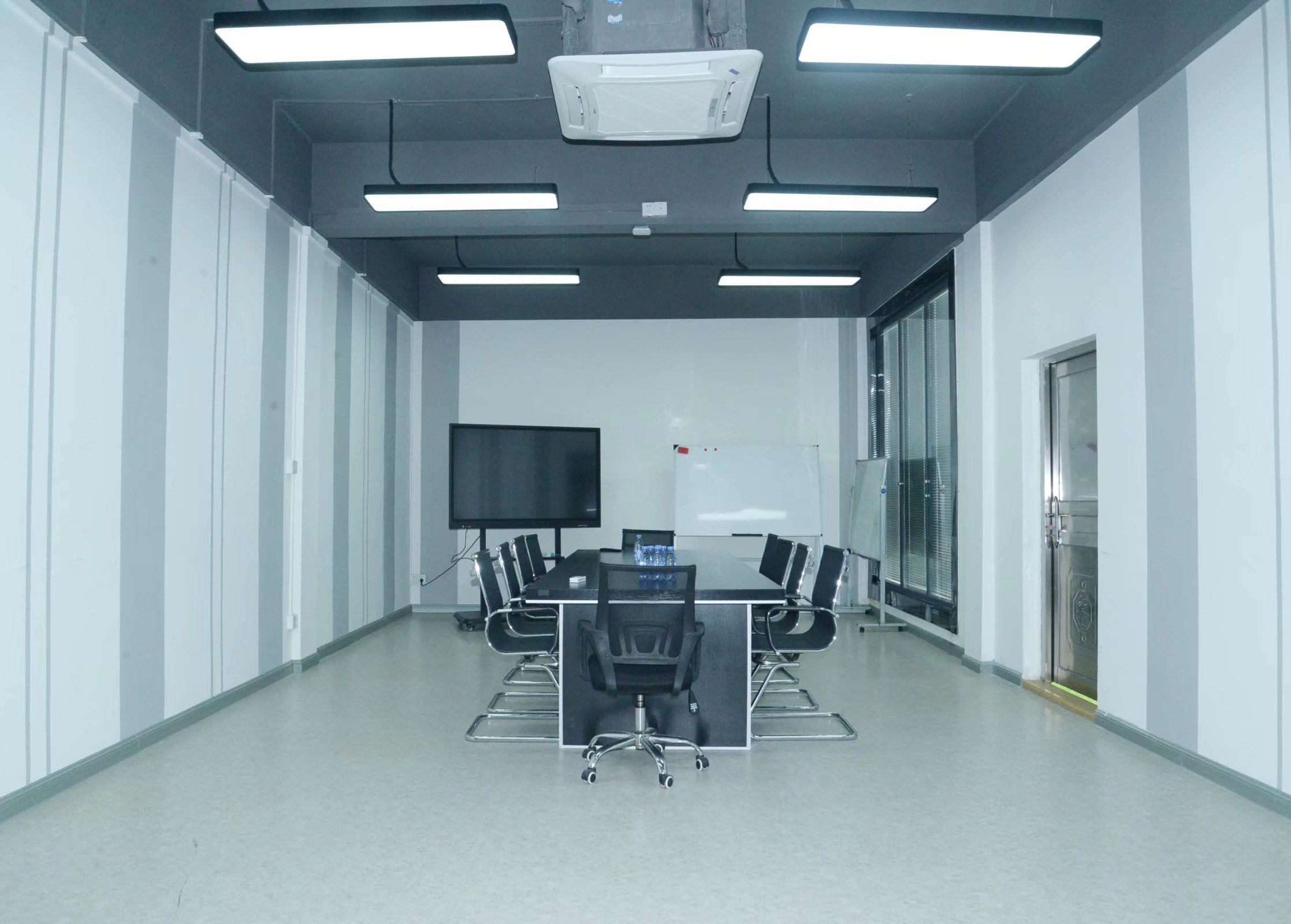 Unilight LED display office-2